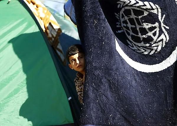 Çocuk gözüyle sığınmacıların dramı galerisi resim 22