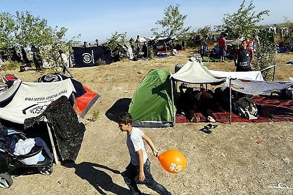Çocuk gözüyle sığınmacıların dramı galerisi resim 24