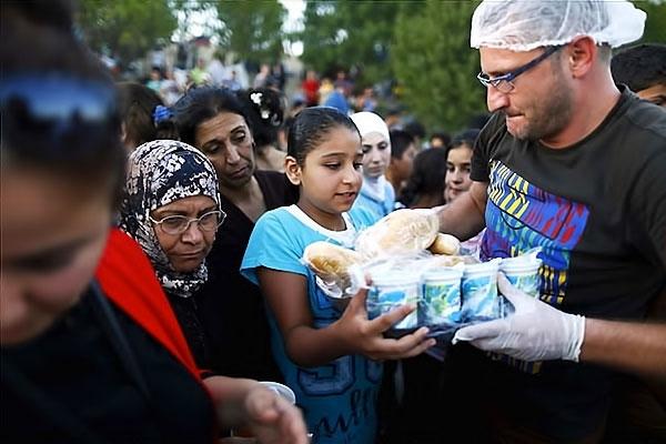 Çocuk gözüyle sığınmacıların dramı galerisi resim 3