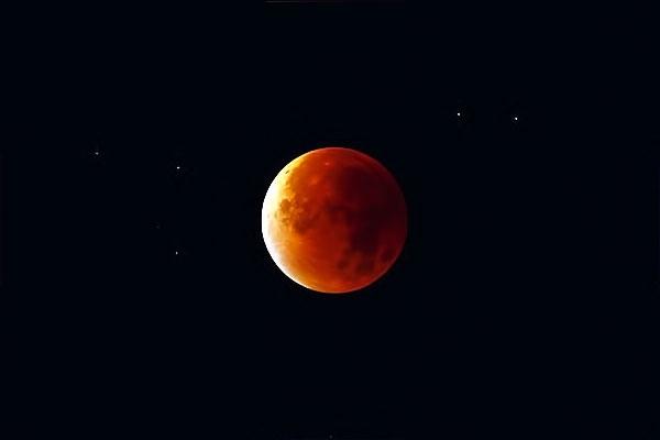 Reuters objektifinden 'Süper Ay' manzaraları galerisi resim 7