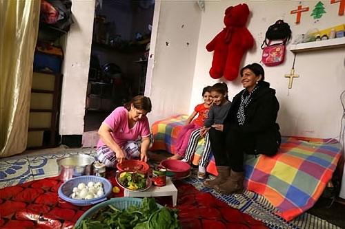 Paris Belediye Başkanı Hewler'de sığınmacı'larla galerisi resim 7