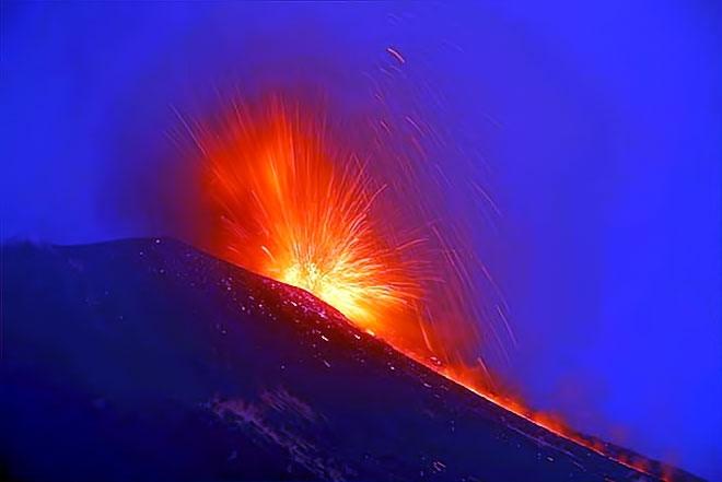 Sessizliğini bozan Etna'dan eşsiz görüntüler galerisi resim 11