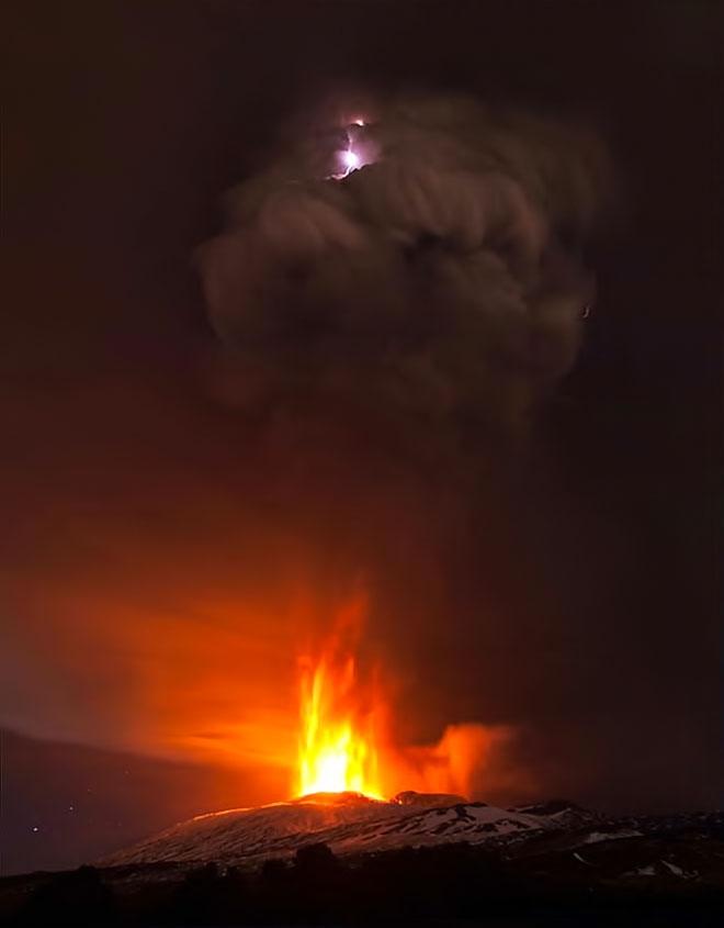 Sessizliğini bozan Etna'dan eşsiz görüntüler galerisi resim 4