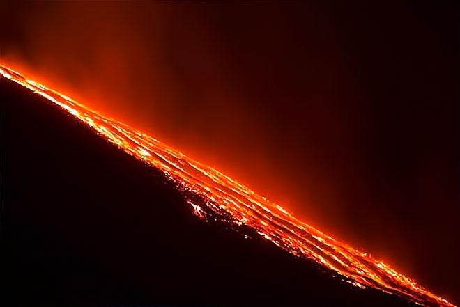 Sessizliğini bozan Etna'dan eşsiz görüntüler galerisi resim 7