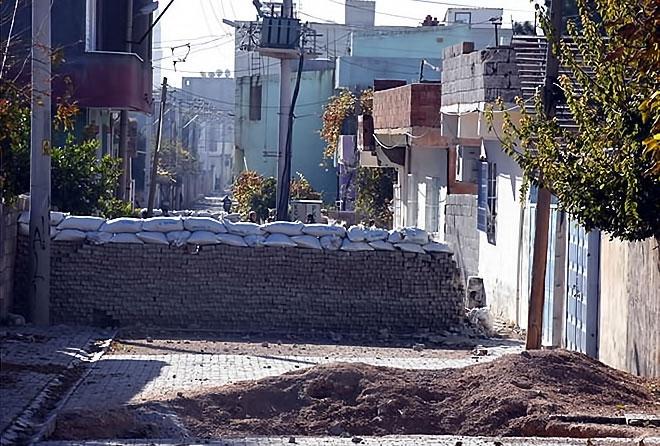Çatışmalar sonrası Nusaybin'den çarpıcı kareler galerisi resim 14