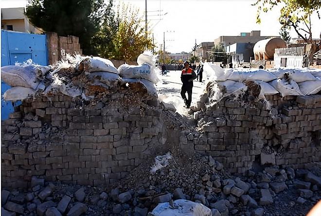 Çatışmalar sonrası Nusaybin'den çarpıcı kareler galerisi resim 8