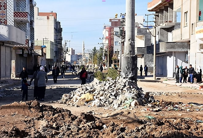 Çatışmalar sonrası Nusaybin'den çarpıcı kareler galerisi resim 9