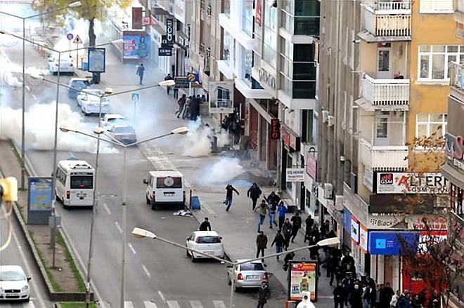 Diyarbakır'da 'Sur' protestosunda olaylar çıktı galerisi resim 12