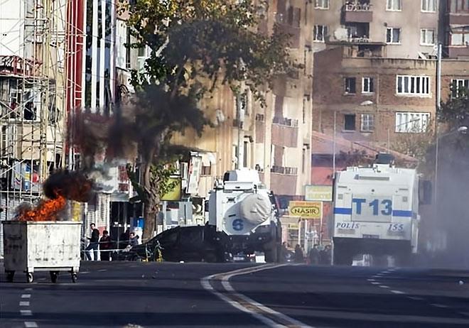 Diyarbakır'da 'Sur' protestosunda olaylar çıktı galerisi resim 19