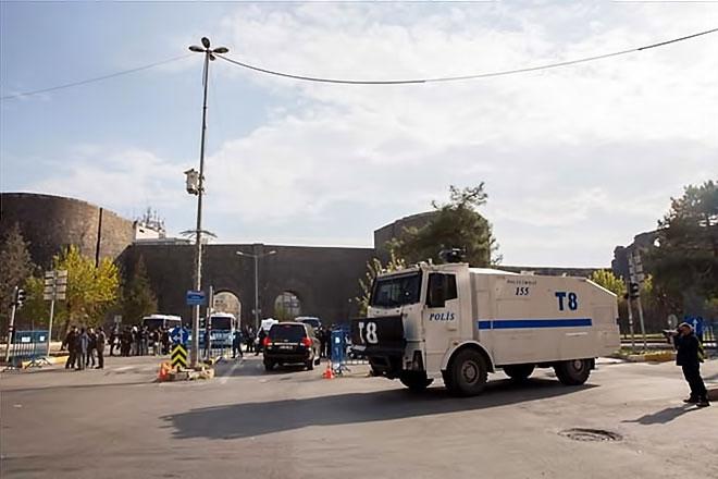 Diyarbakır'da 'Sur' protestosunda olaylar çıktı galerisi resim 25