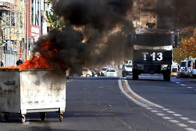 Diyarbakır'da 'Sur' protestosunda olaylar çıktı galerisi resim 31