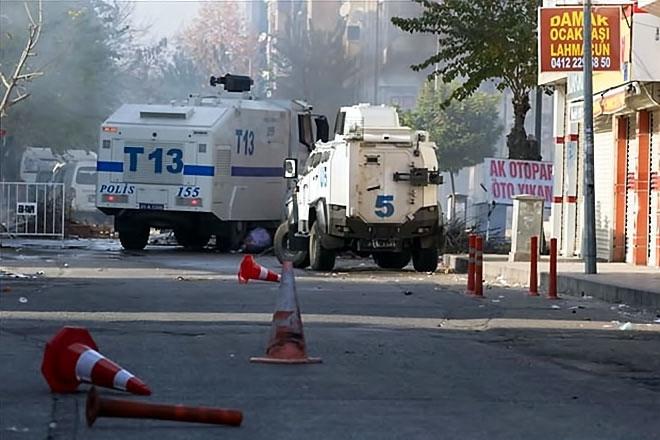 Diyarbakır'da 'Sur' protestosunda olaylar çıktı galerisi resim 32