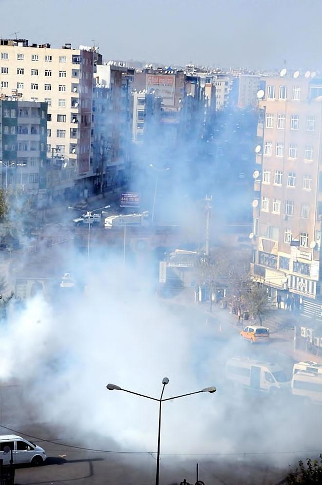 Diyarbakır'da 'Sur' protestosunda olaylar çıktı galerisi resim 38