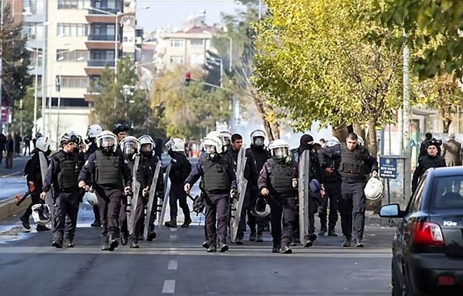 Diyarbakır'da 'Sur' protestosunda olaylar çıktı galerisi resim 42