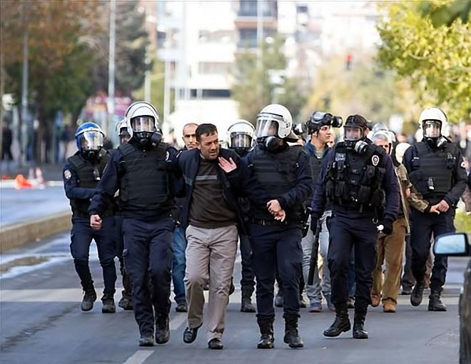 Diyarbakır'da 'Sur' protestosunda olaylar çıktı galerisi resim 43