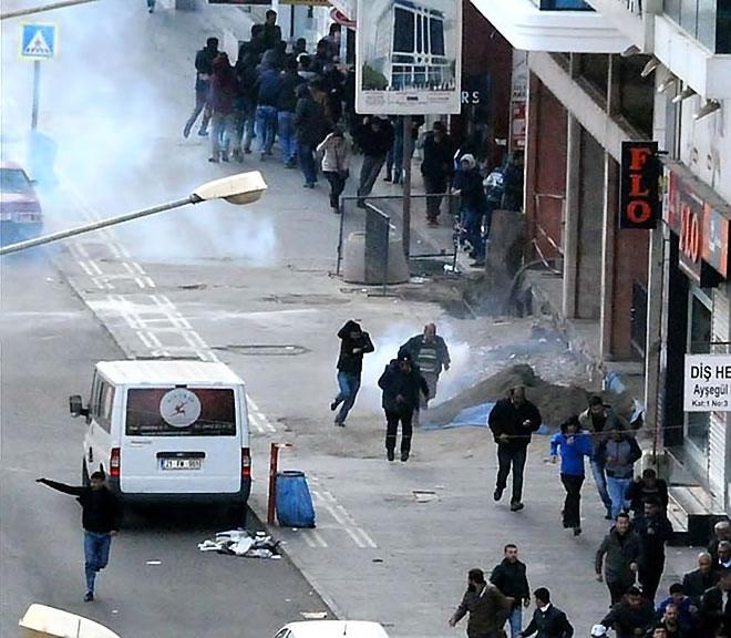Diyarbakır'da 'Sur' protestosunda olaylar çıktı galerisi resim 50