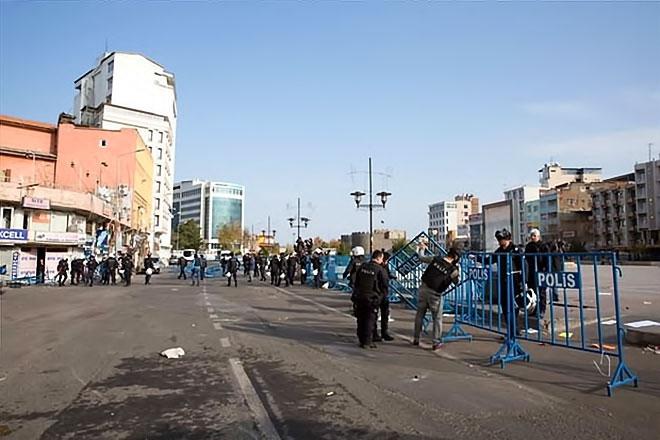 Diyarbakır'da 'Sur' protestosunda olaylar çıktı galerisi resim 7