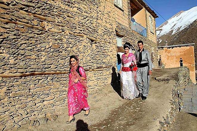Rojhılat'ta renkli düğün... galerisi resim 16