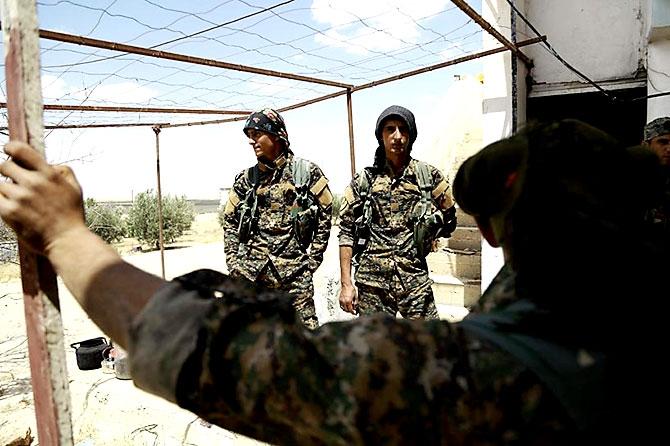 'YPG armalı' ABD askerleri galerisi resim 14