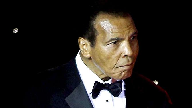 'Muhammed Ali dünyanın ufkunu açan adamdı' galerisi resim 4
