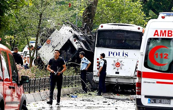 Fotoğraflarla: İstanbul Vezneciler'deki saldırı galerisi resim 11