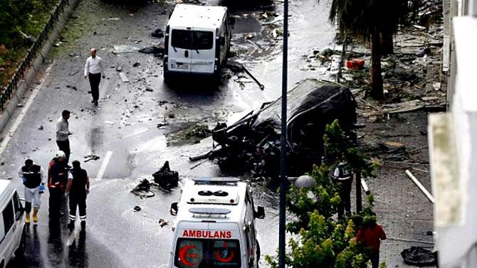 Fotoğraflarla: İstanbul Vezneciler'deki saldırı galerisi resim 17