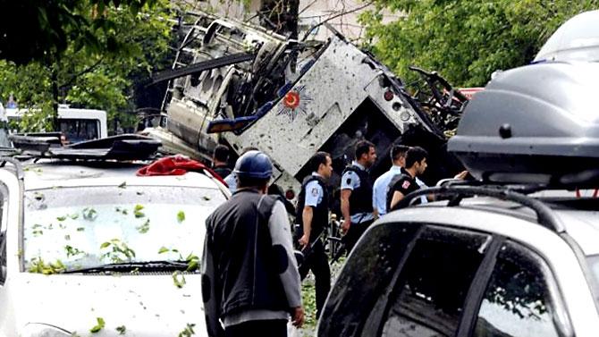 Fotoğraflarla: İstanbul Vezneciler'deki saldırı galerisi resim 18
