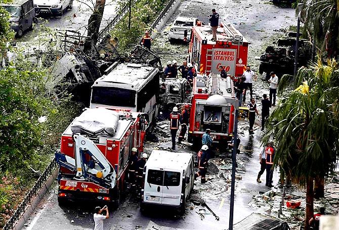 Fotoğraflarla: İstanbul Vezneciler'deki saldırı galerisi resim 4