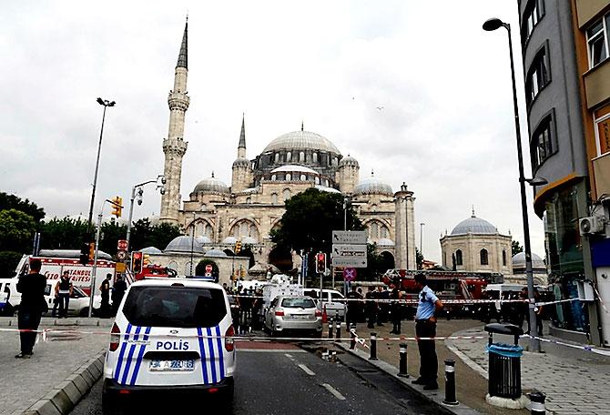 Fotoğraflarla: İstanbul Vezneciler'deki saldırı galerisi resim 5