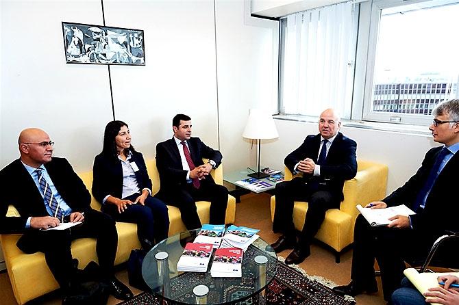 HDP heyeti AB yetkilileriyle görüştü galerisi resim 10