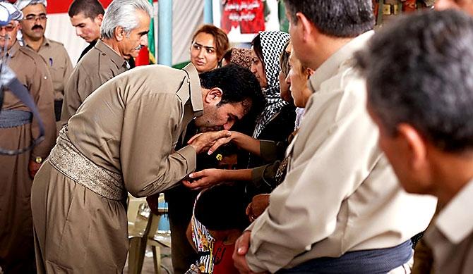 İran'la çatışmada hayatını kaybeden 6 KDP-İ Peşmergesi için taziye galerisi resim 14
