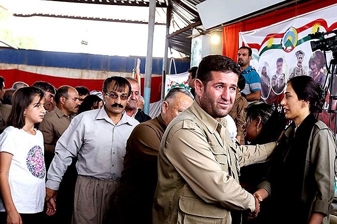 İran'la çatışmada hayatını kaybeden 6 KDP-İ Peşmergesi için taziye galerisi resim 23