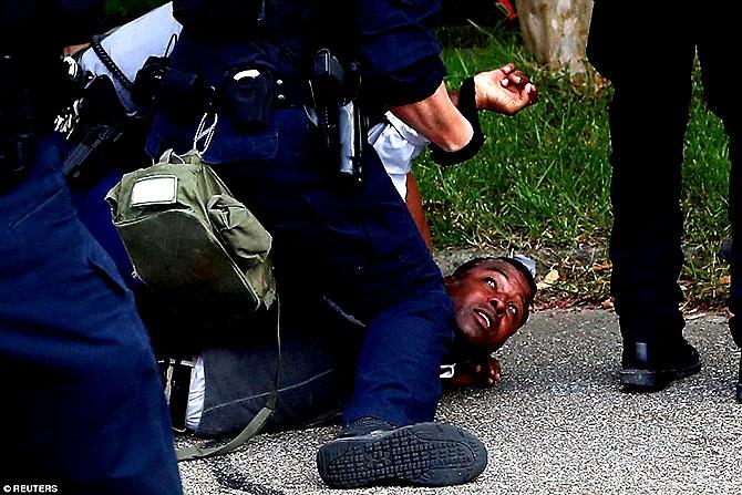 ABD'de protesto gösterileri yayılıyor galerisi resim 13