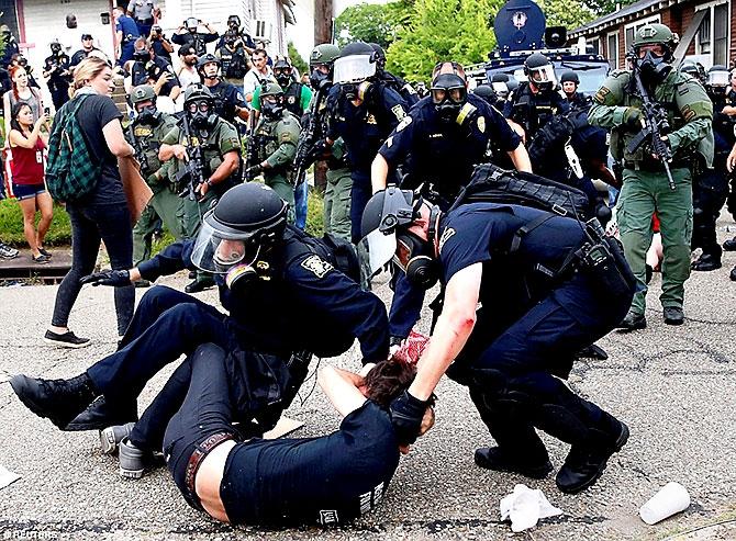 ABD'de protesto gösterileri yayılıyor galerisi resim 23