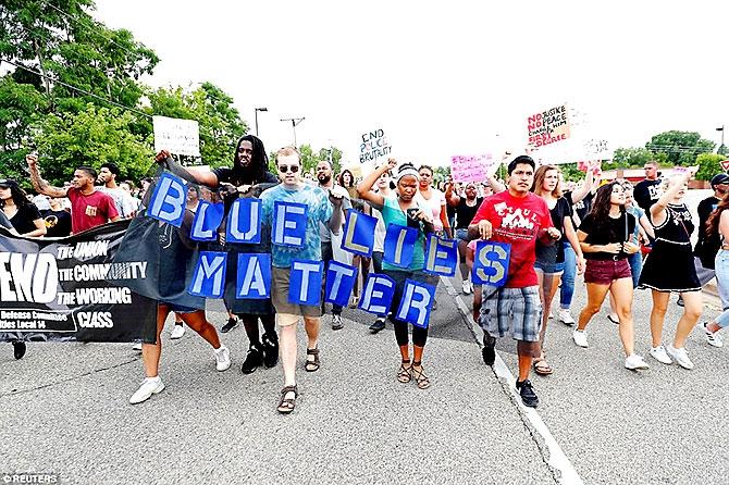 ABD'de protesto gösterileri yayılıyor galerisi resim 8