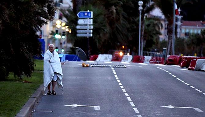 Fransa'daki terör saldırısından ilk kareler galerisi resim 12