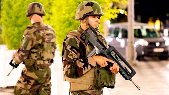 Fransa'daki terör saldırısından ilk kareler galerisi resim 30