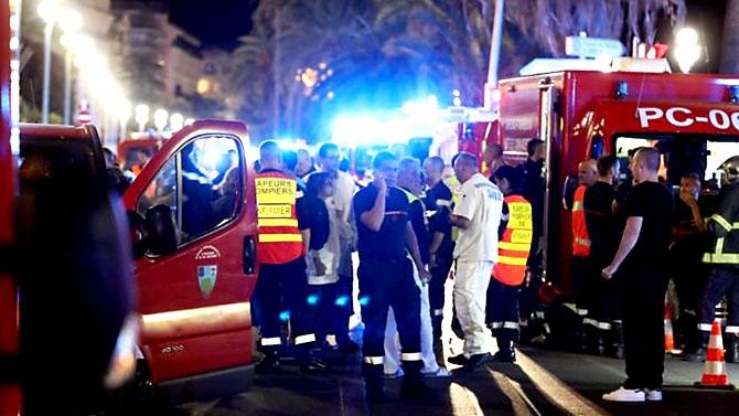 Fransa'daki terör saldırısından ilk kareler galerisi resim 31