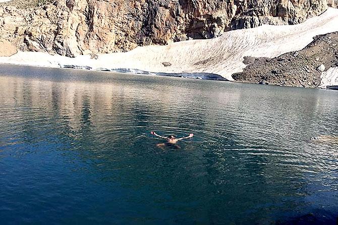 Kürdistan'da 3 bin 151 metre yükseklikte bir göl... galerisi resim 13