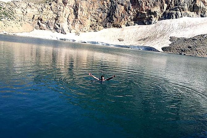 Kürdistan'da 3 bin 151 metre yükseklikte bir göl... galerisi resim 14