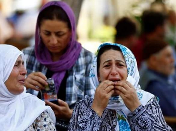 Antep'te bombalı saldırı: En az 50 kişi hayatını kaybetti galerisi resim 29