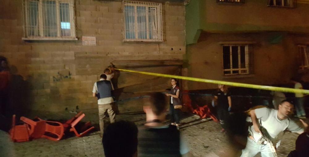 Antep'te bombalı saldırı: En az 50 kişi hayatını kaybetti galerisi resim 33