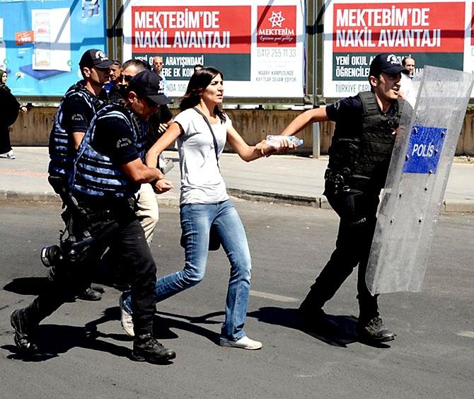 Diyarbakır'da öğretmenlere müdahale galerisi resim 16