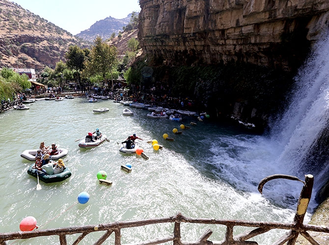 Bayramda binlerce turist Federal Kürdistan'a akın etti galerisi resim 10