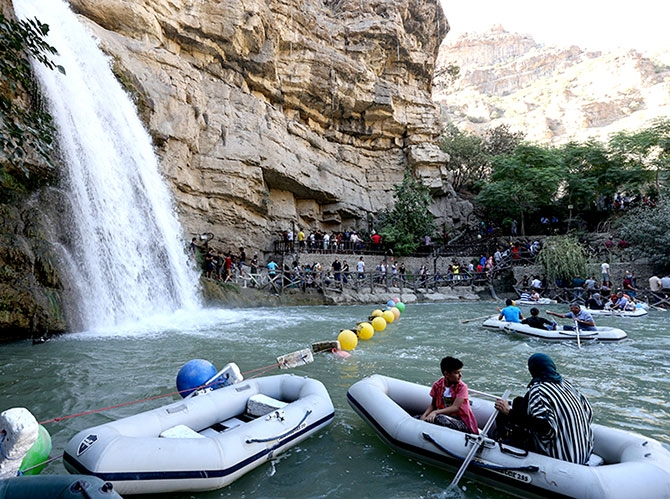 Bayramda binlerce turist Federal Kürdistan'a akın etti galerisi resim 20