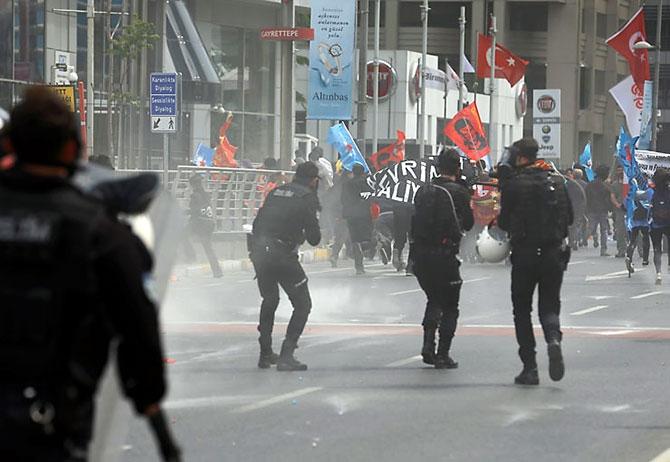 Reuters kareleriyle İstanbul'da 1 Mayıs galerisi resim 2