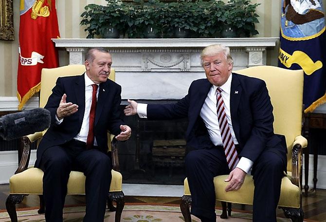 Reuters fotoğraflarıyla Trump-Erdoğan görüşmesi galerisi resim 2