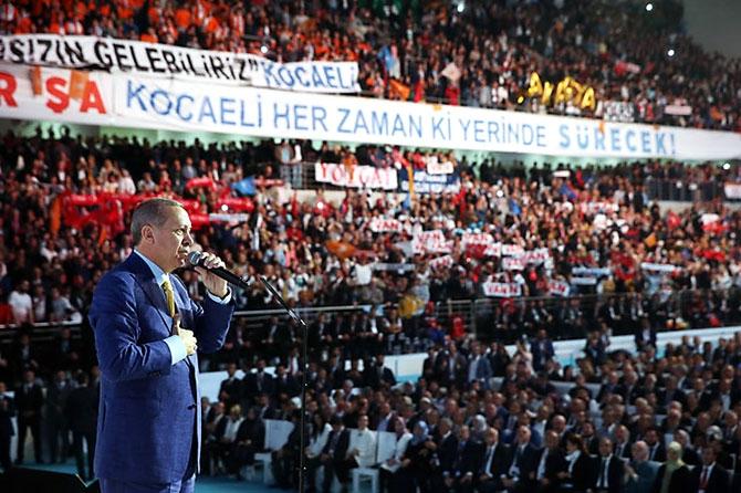 Reuters kareleriyle Erdoğan'ın 'partiye dönüş' kongresi galerisi resim 31