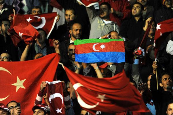 Türkiye : 2 Ermenistan : 0 galerisi resim 3