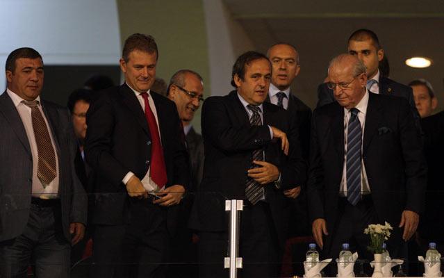 Türkiye : 2 Ermenistan : 0 galerisi resim 6